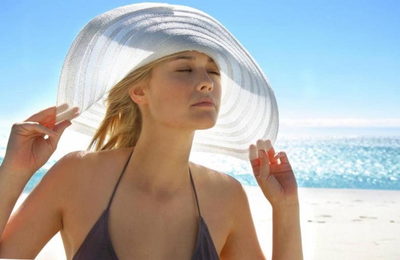 берегите волосы от воздействия солнечных лучей