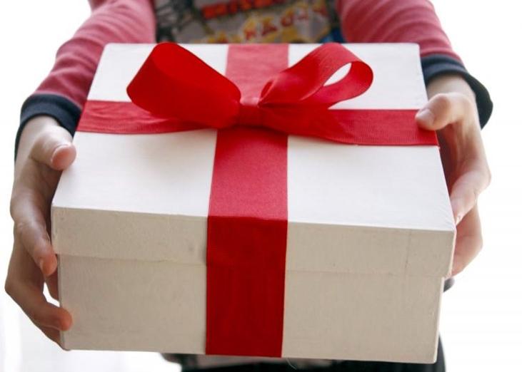 Как дарить подарки просто так